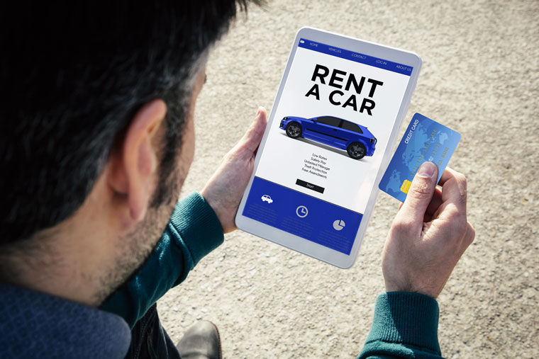 Avec MultiAuto, c'est possible de réserver en ligne une voiture de location